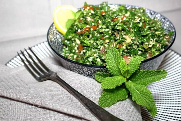 Refreshing salad is all what you need. With our Low Carb or Keto version, Lebanese Tabbouleh is moved into another level of freshness and healthiness.  #lowcarb #keto #tabbouleh #lebanese #salad #mint #glutenfree #refreshing #diabetes #recipe #ketogenic #atkins #quick #easy #homemade