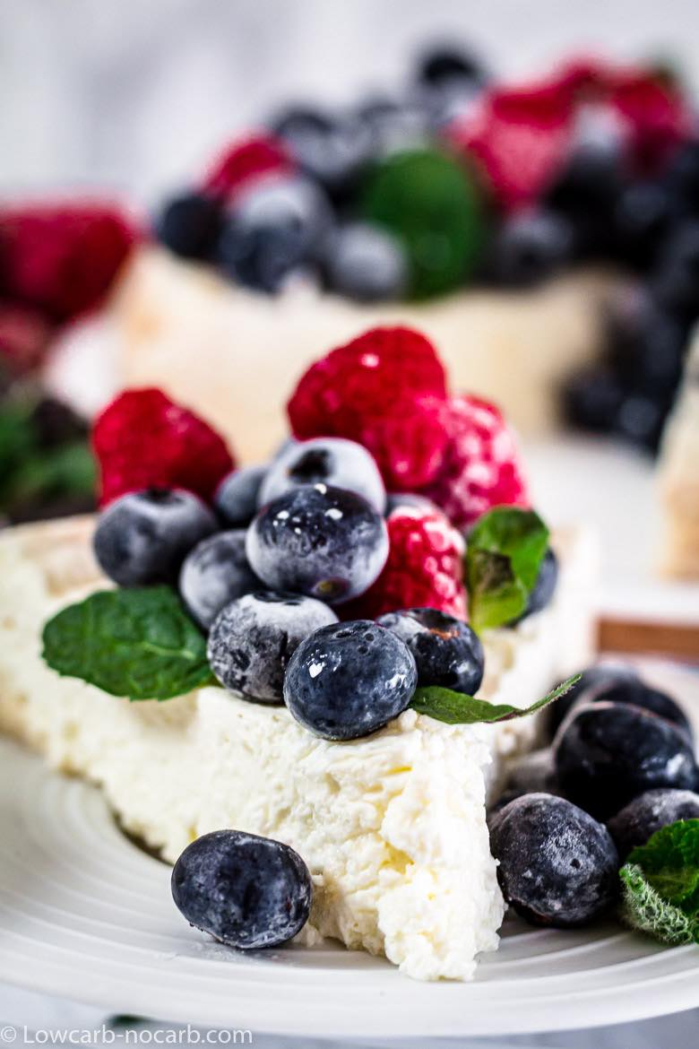 Blueberries on a yogurt cheescake