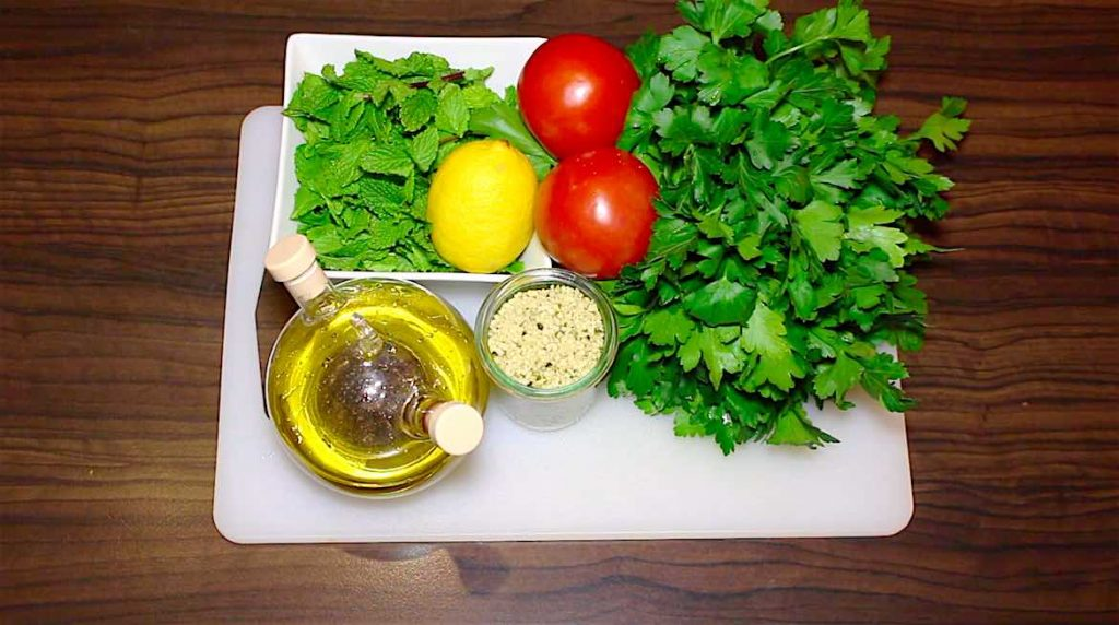 ingredients for low carb tabbouleh salad