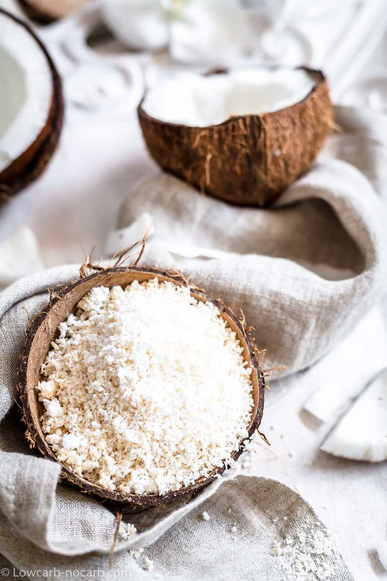 Coconut shreds with a linen napkin