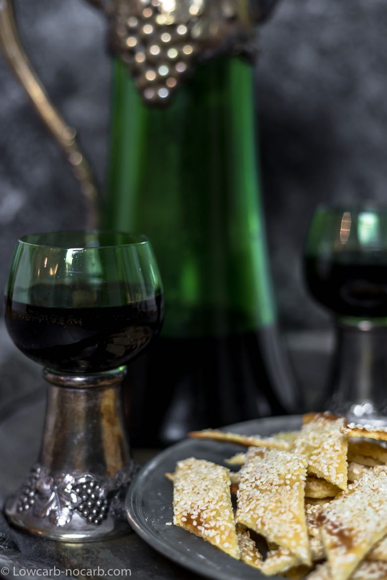 Sesame Keto Crackers with glass wine