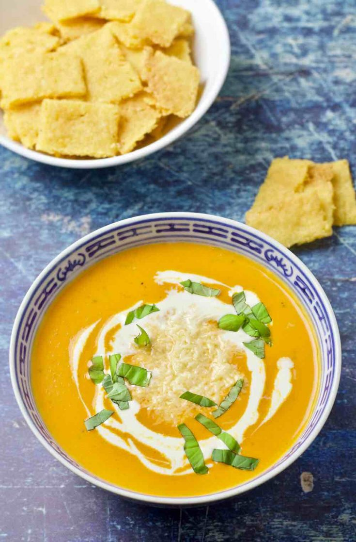 Creamy Keto Low-Carb Tomato Bisque Recipe