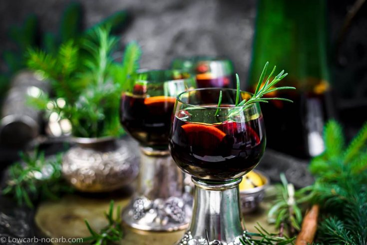Low Carb Mulled wine in a green glass
