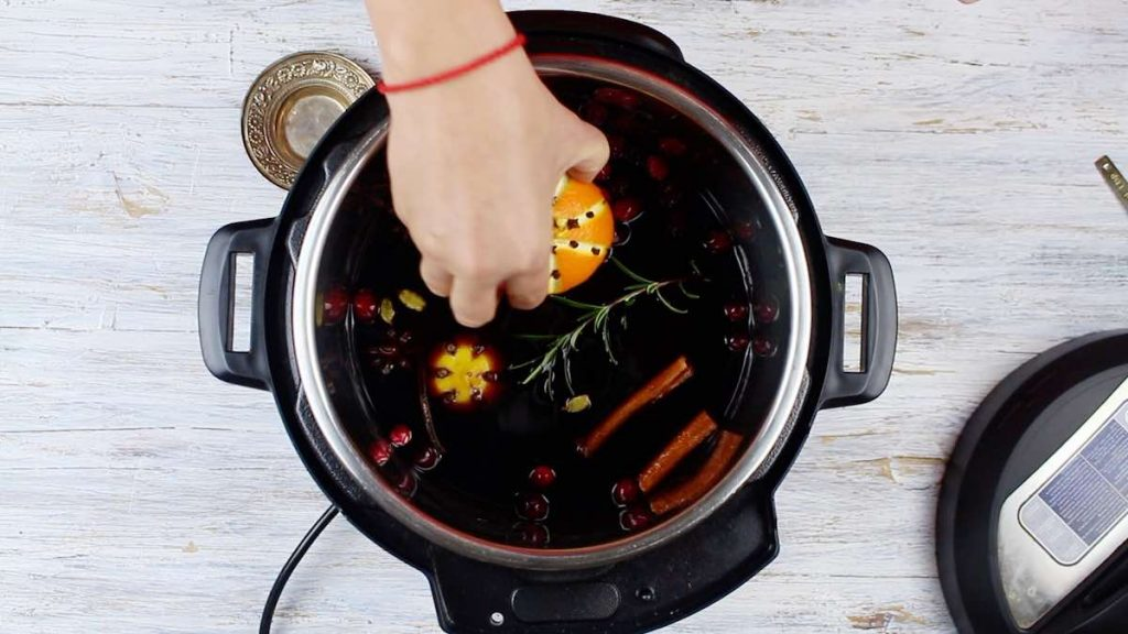 Instant Pot Mulled wine