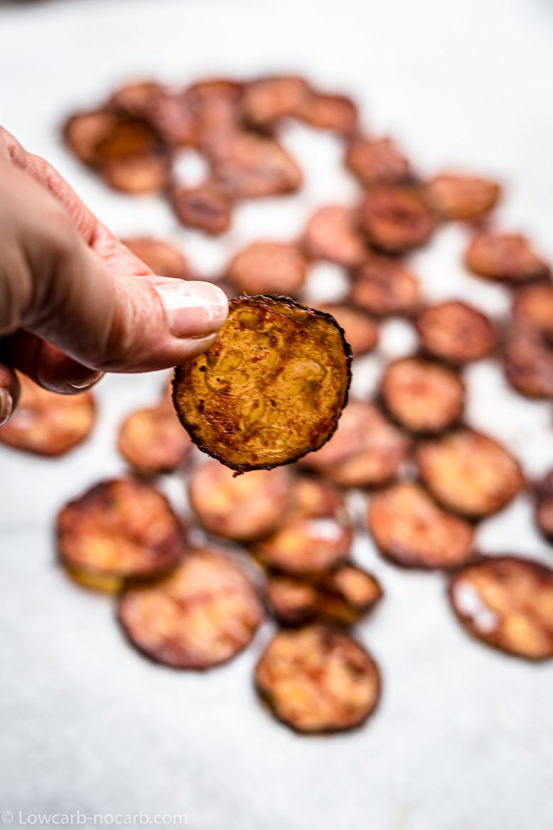 Keto Vegetable Chips ready to eat