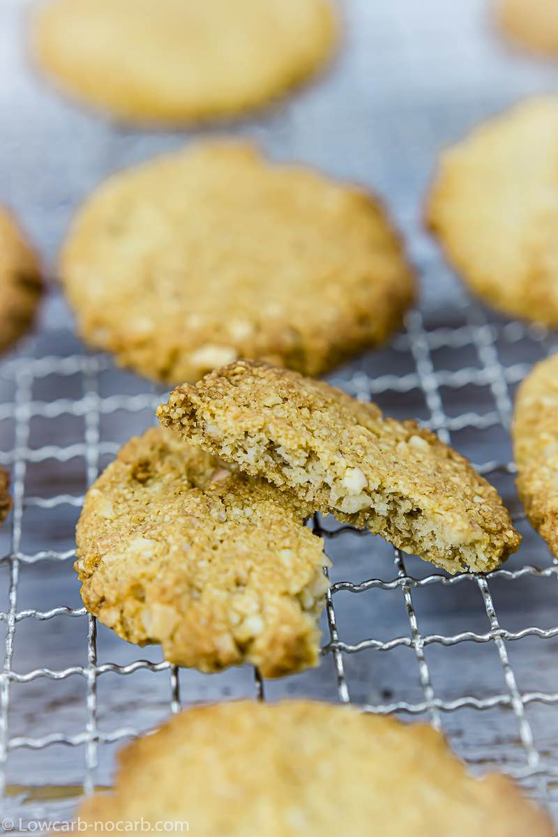 Almond Keto Shortbread Cookies