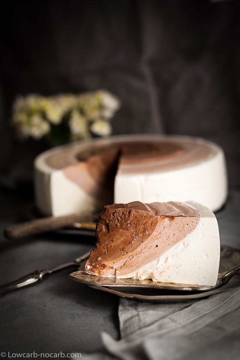 Sugar-Free Cheesecake served with antique cake spoon