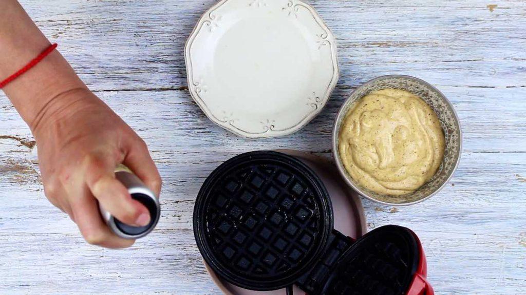 How to make Sweet Keto Chaffles?
