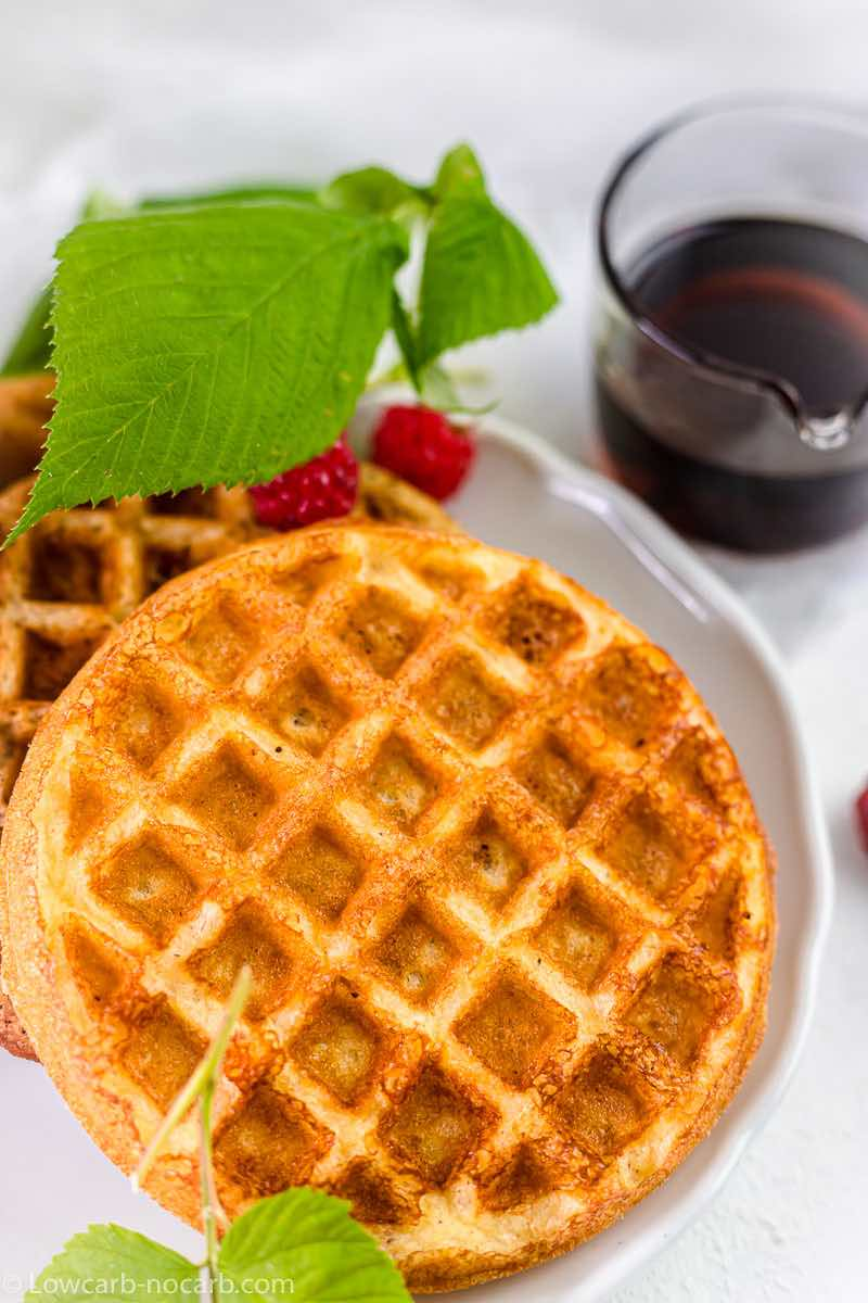Low Carb Waffle Recipe ready to eat with sugar-free sauce