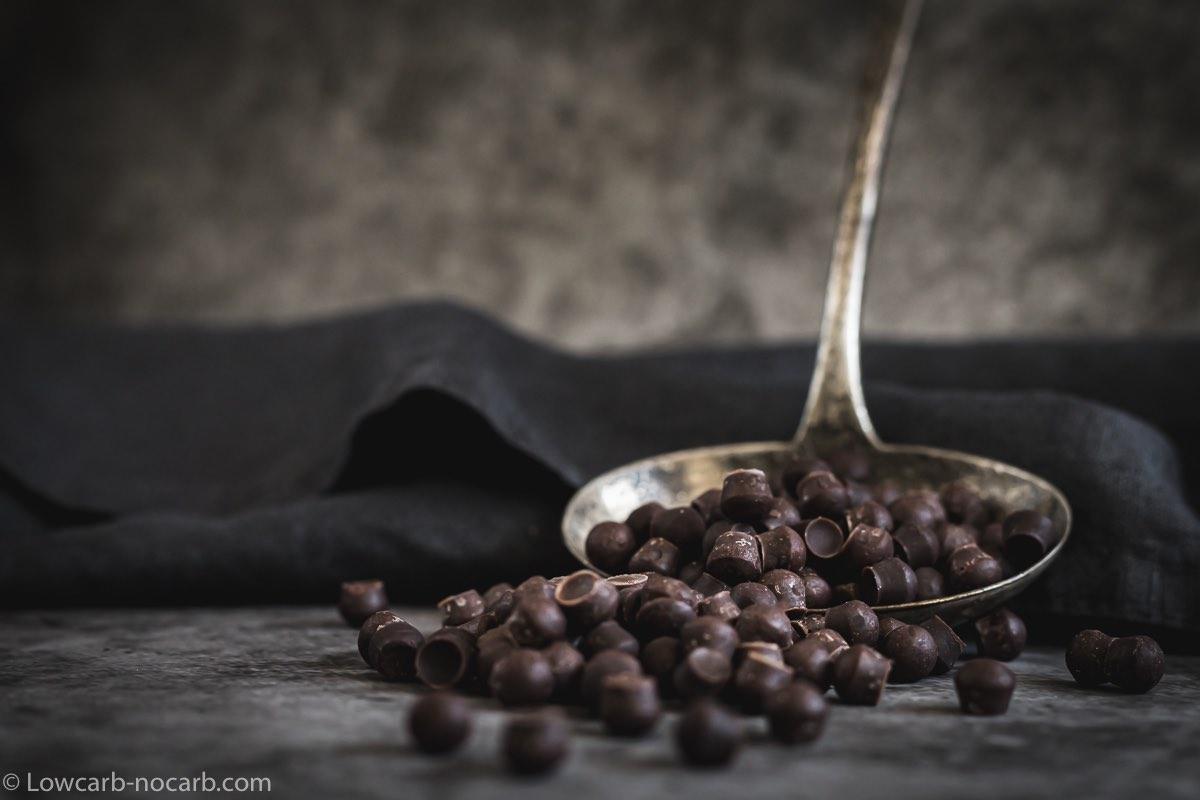 Homemade Keto Sugar-Free Chocolate Chips